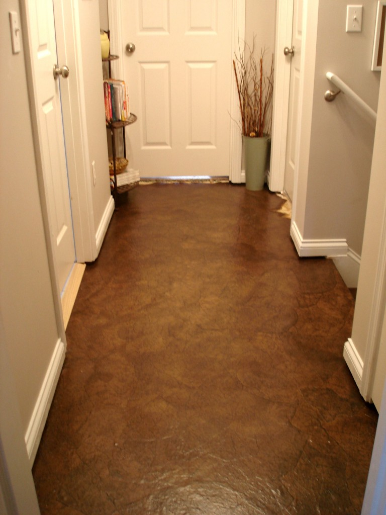 brown paper floor Use brown paper bags over existing vinyl floors or concrete damage may occur, so avoid using the method on wood or other floor treatments you may want to revive some day remove any furniture and apply painter's tape to cabinetry and baseboards near the floor to protect them.