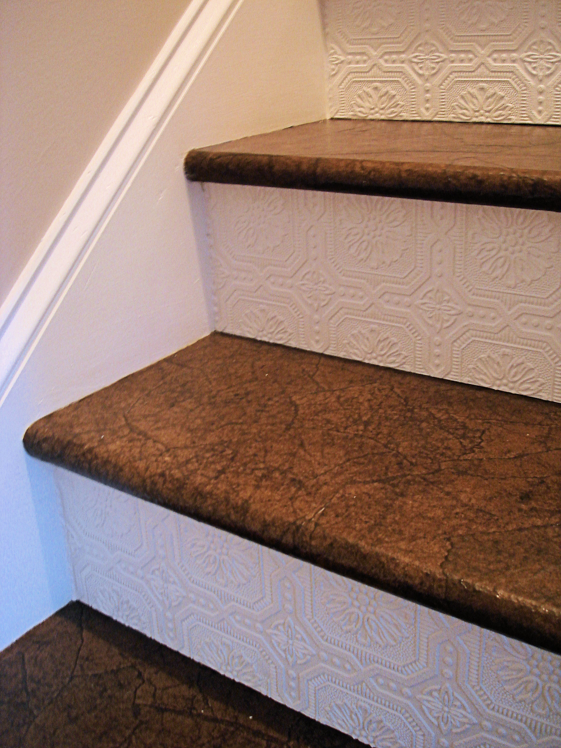 Great Ideas Textured Wallpaper On Stairs